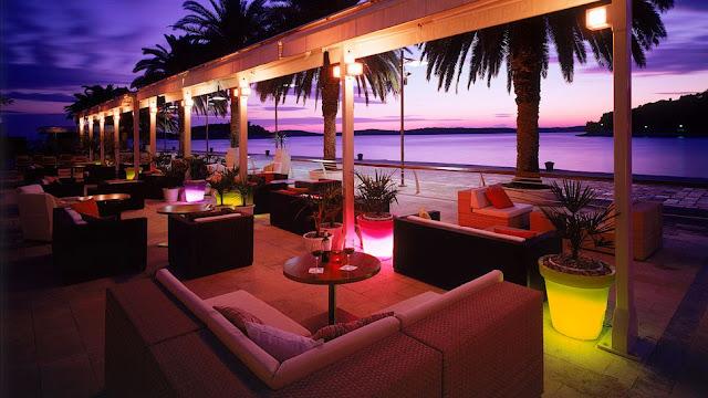 005230-01-hotel-terrace-night-bright-lights.jpg